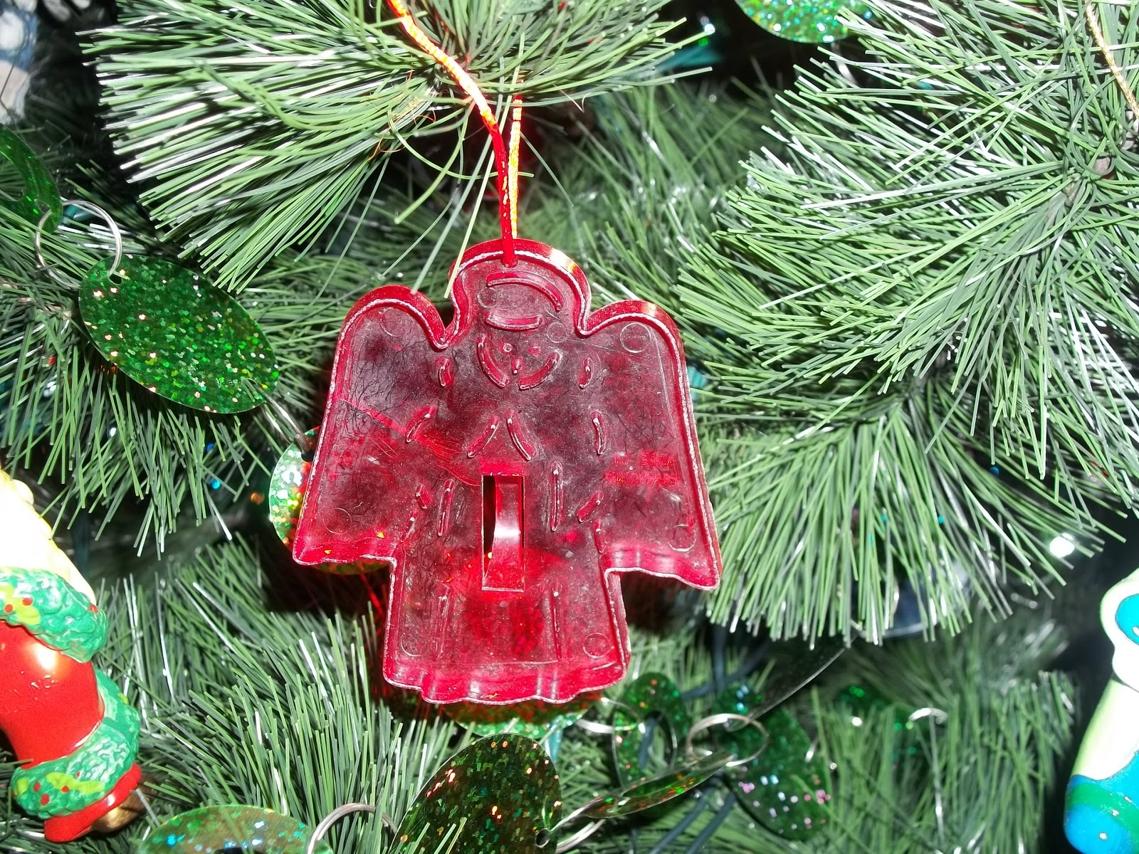 Christmas Past: Favorite Ornaments Adorn Our Tree ...