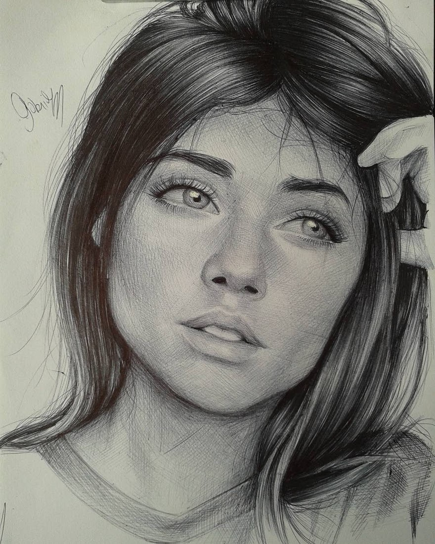03-Gabriel-Vinícius-Black-and-White-Realistic-Ballpoint-Pen-Drawings-www-designstack-co