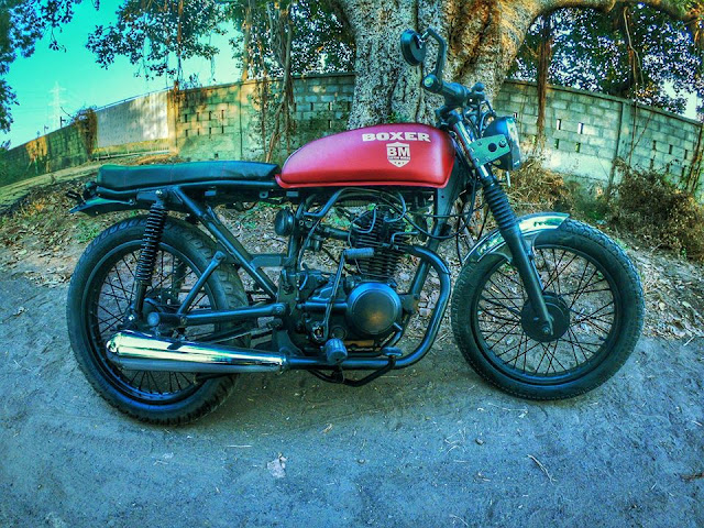 Bajaj Boxer Modified to Cafe Racer