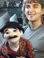 чревовещатель Джонни Уэлч, написавший речь для своей куклы
