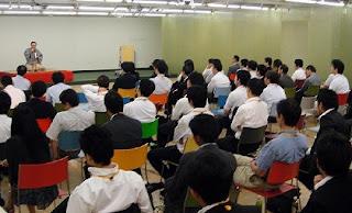 三遊亭楽春講演会「落語的発想を仕事に取り入れる」