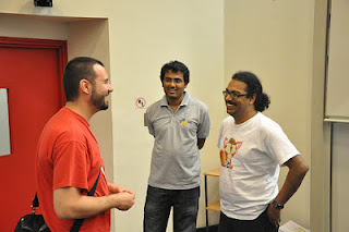 Arky interacting at GNOME-Asia 2012, Photo Credit: Sammy