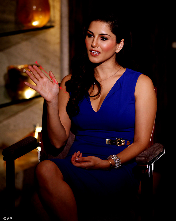 Prostitute Line And Signs On Hand Of Indian Porn Actress Sunny Leone Palmistry  Indian Palm Reading - Marriage  Career Future-9032