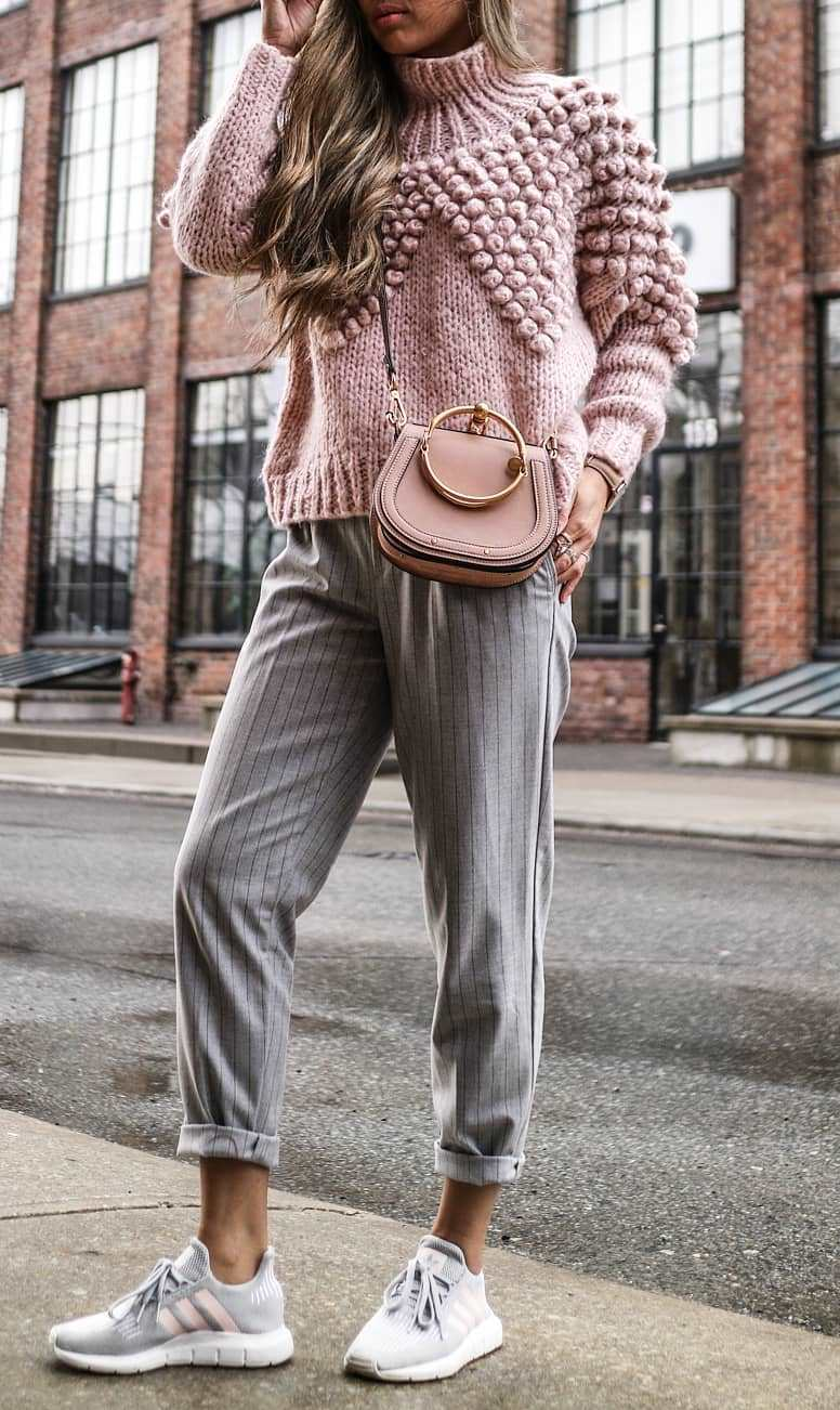 incredible fall outfit / blush bag + striped pants + pink sweater + sneakers