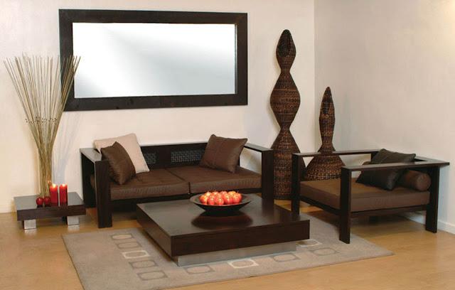 Sử dụng bộ sofa màu đậm trang trí phòng khách chung cư