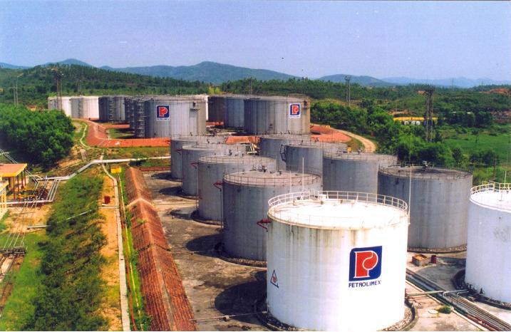 Nước thải của kho và cửa hàng xăng dầu