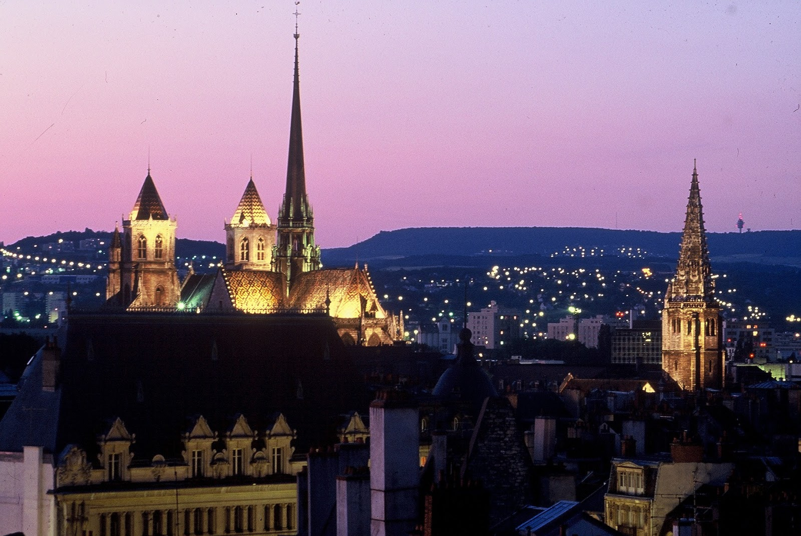 TOP WORLD TRAVEL DESTINATIONS: Dijon, France