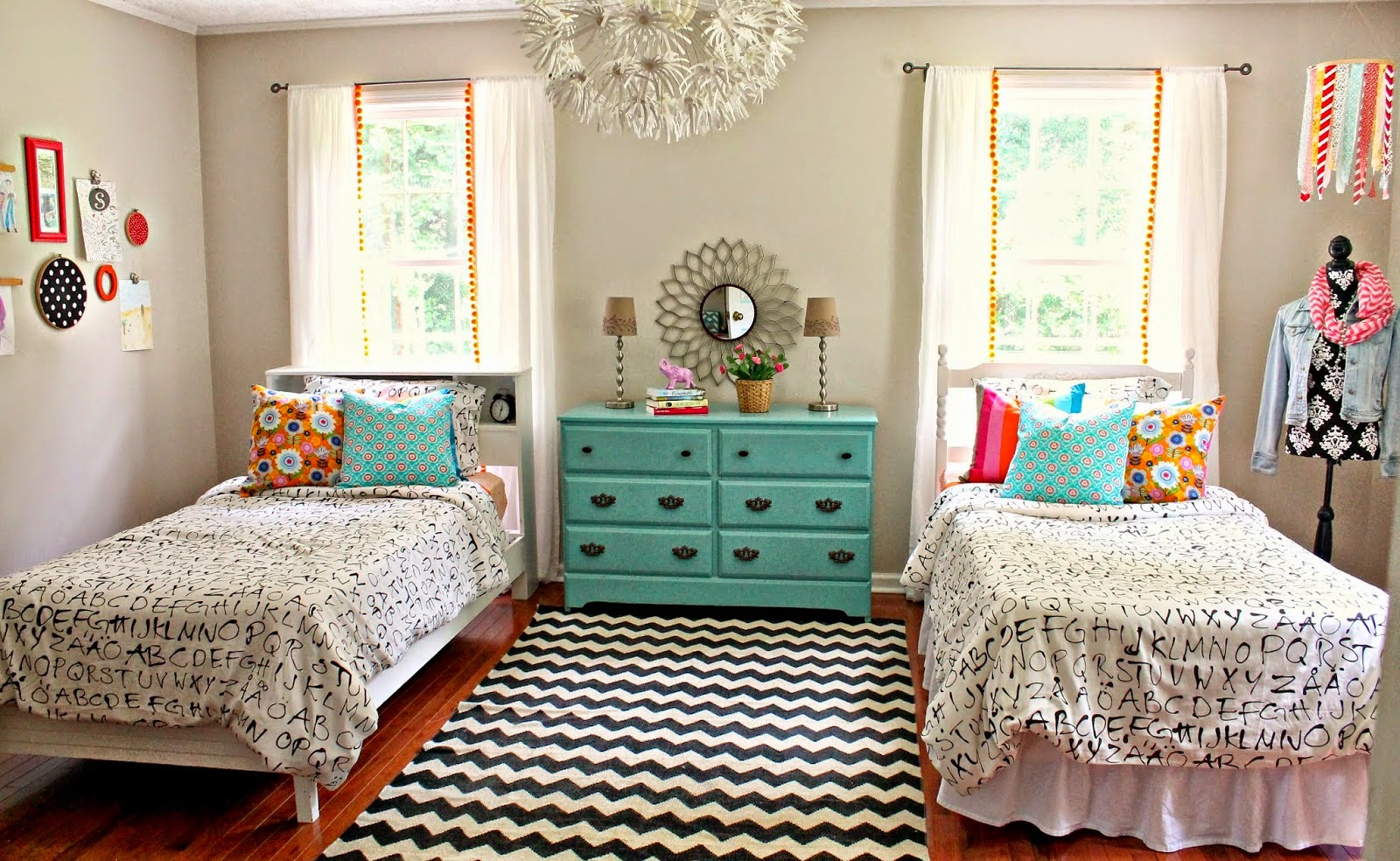beautiful double twin bed girl room
