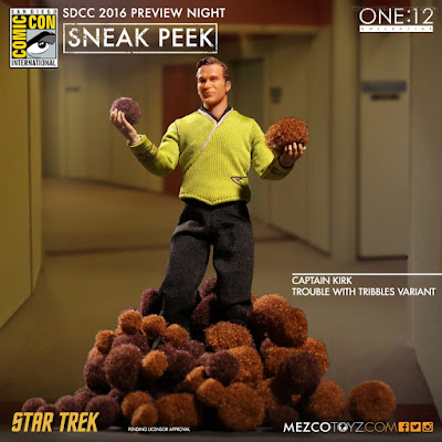 Mezco One:12 Collective Classic Star Trek Captain Kirk Trouble with Tribbles Variant Action Figure