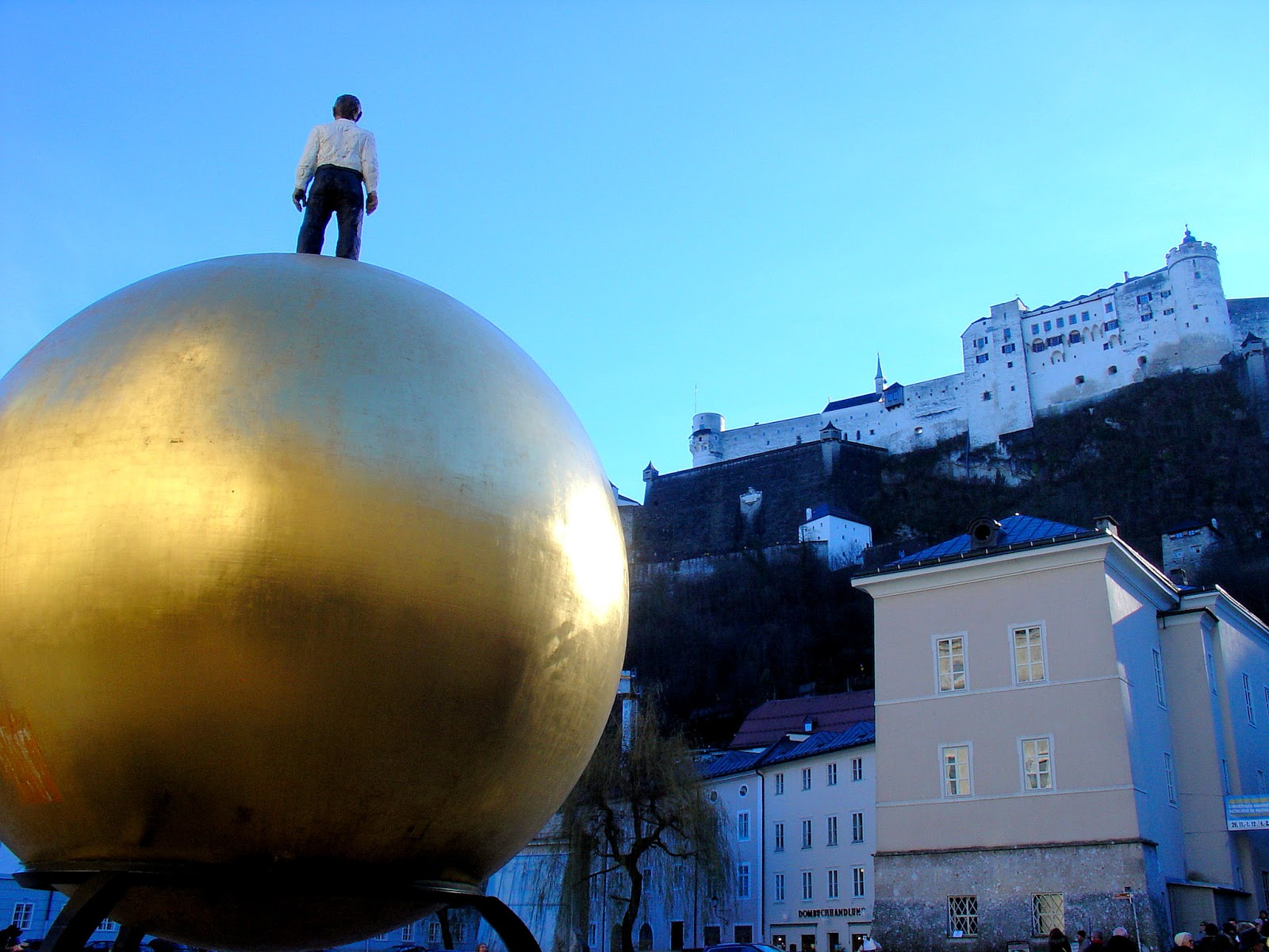 A contrast of time—the 'Sphaera' and the 11th-century Salzburg Fortress.