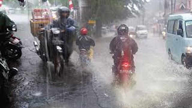 Antisipasi Bencana Banjir,  BPBD Tanggamus Buka  Saluran Khusus Gawat