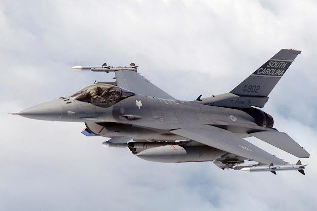 F-16 Block-52 92902 - USA photo