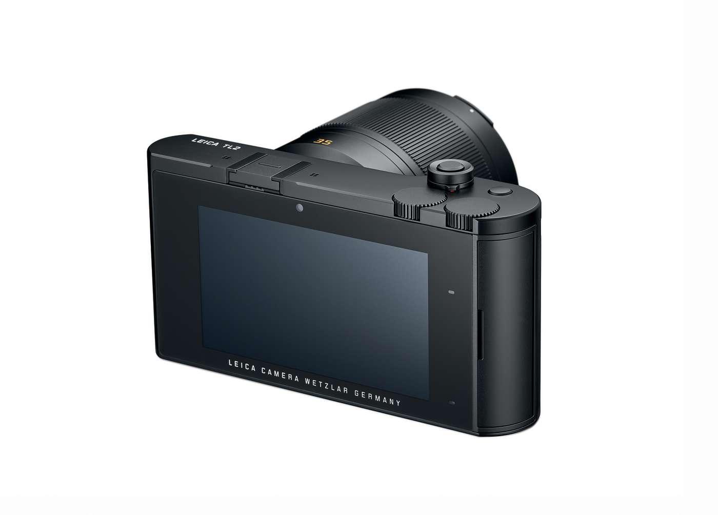 Leica TL2, большой 3.7-дюймовый сенсорный экран, вид сзади