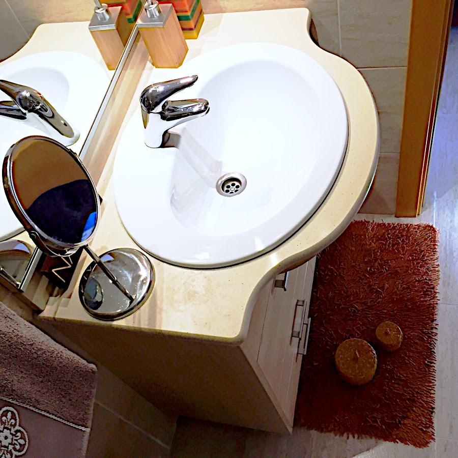 Los tejidos en el baño son de una gran ayuda para ralentiza la energía