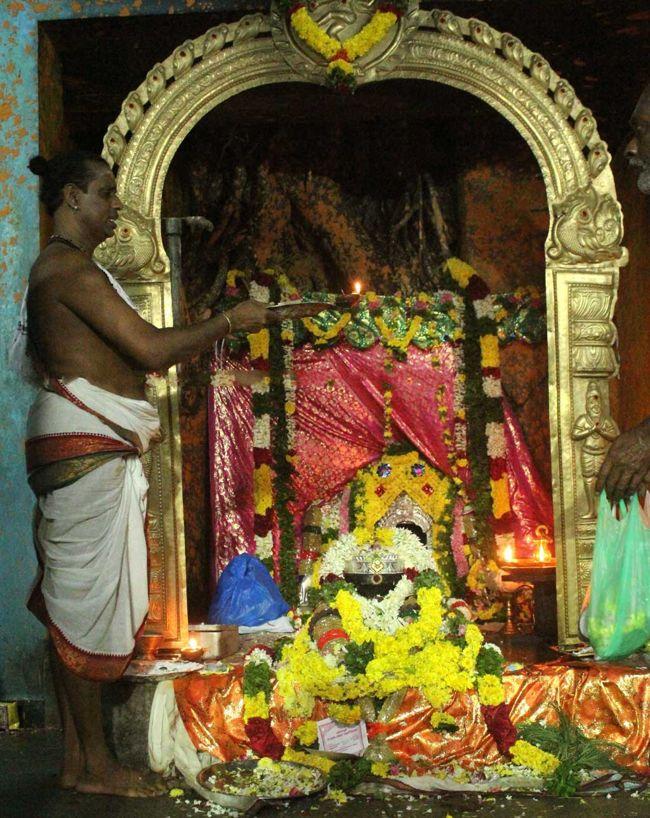 Main Deity Sri Podhu Aavudayar