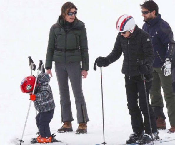 Princess Caroline had a holiday at Zürs ski center of Austria with her daughter Charlotte Casiraghi and grandson Raphael Elmaleh