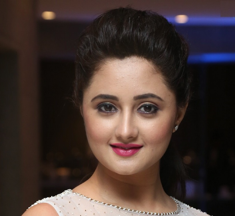 Rashami Desai Face CloseUp Photos Top