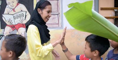 Pendekatan Budaya Kepada Anak-Anak Melalui Komunitas Tanoker | PK LPDP