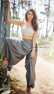 Parineeti Chopra.MansWorld.8.jpg