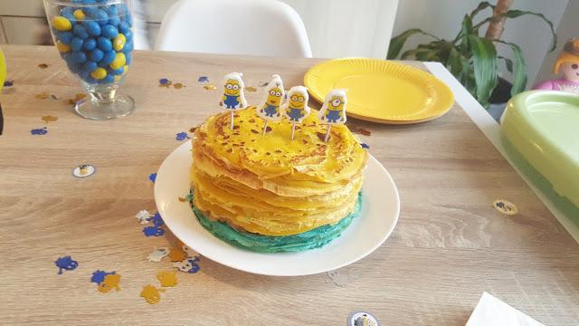 crepes-jaunes-et-bleu-anniversaire-enfant-minion
