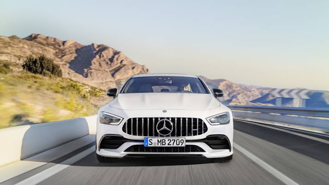 New Mercedes-AMG GT 2019 4Door Coupe Test Drive front view