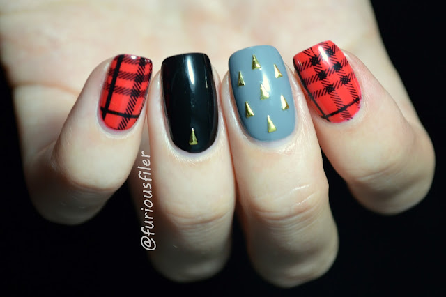 studs blanket checked pattern punk nails