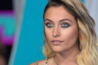 Paris Jackson's eyes