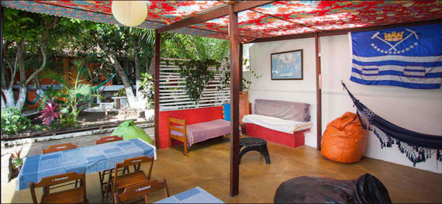 Área externa do Hostel chapada