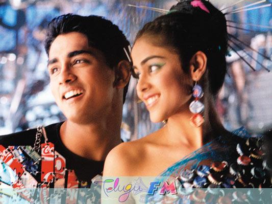 Genelia Desouza: Boys Telugu (2003) Download Movie