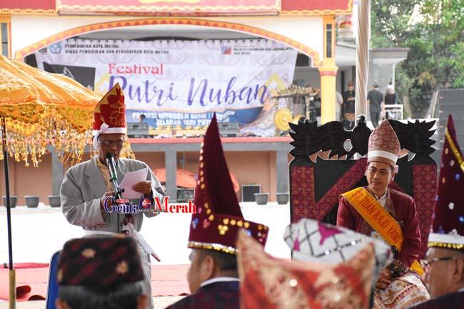 Pairin Kecewa, Pagelaran Budaya Putri Nuban Tidak Seluruhnya Memakai Bahasa Lampung