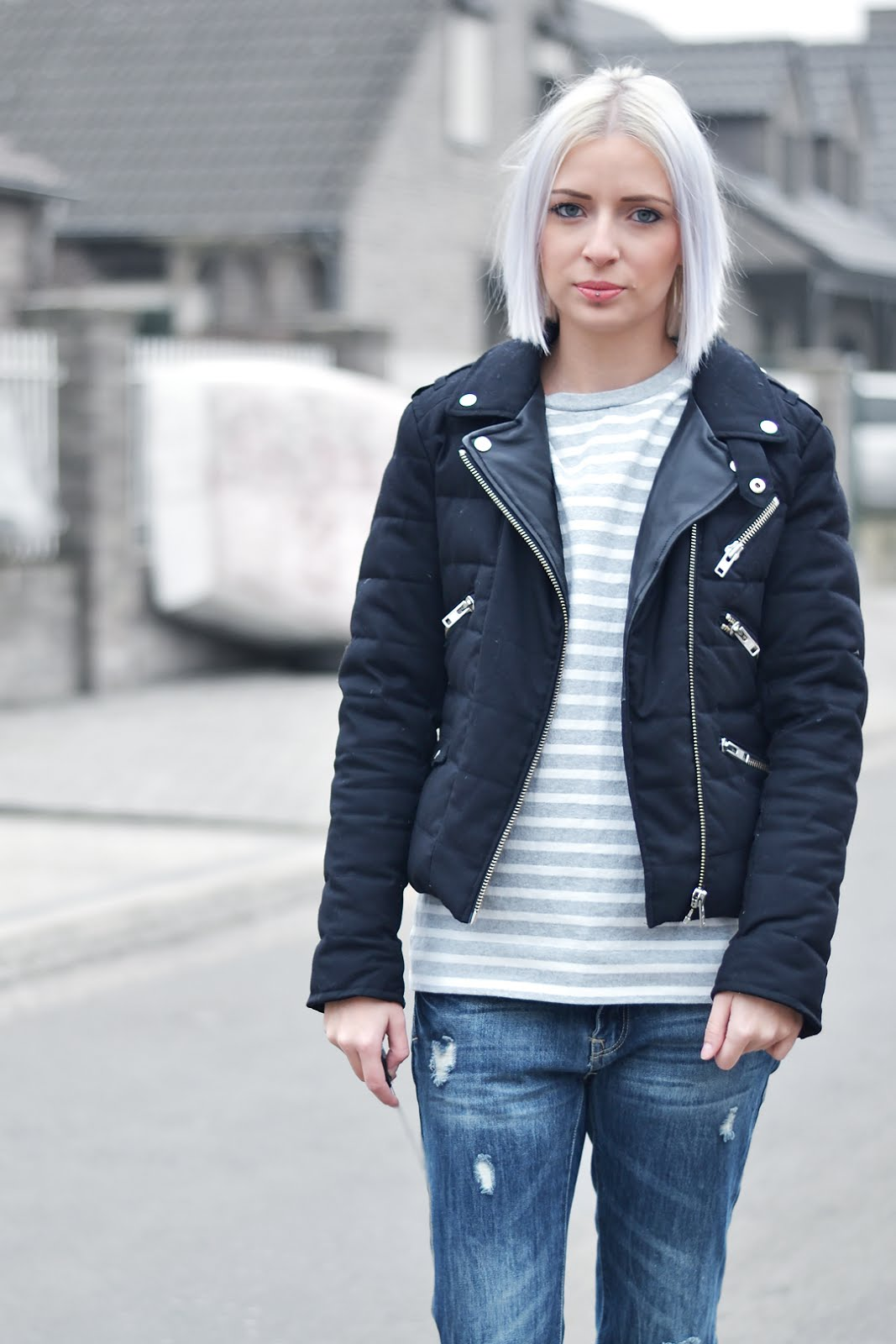 Cos striped top, grey, the kooples, jacket, ripped jeans, boyfriend jeans, primark, slip on, wool ,zara, street style, belgian fashion blogger, belgische mode blogger, ootd, trends, minimal