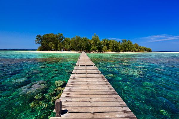 Wisata pantai Kepulauan Karimunjawa di jawa tengah