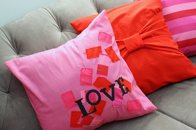 Love Pillow Case From Modern Family : 14 Valentine Decoration Ideas - Food Crafts and Family