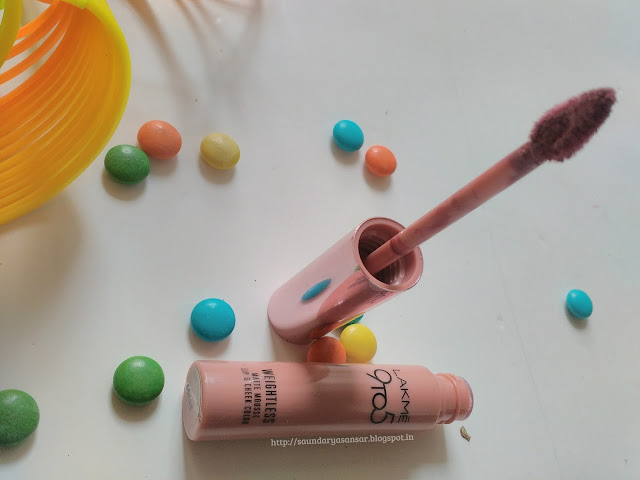 Lakme 9to5 Weightless Matte Mousse Lip & Creme Color- Sugar Touch: Review, Swatches