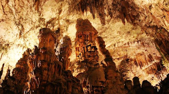 Les grottes de Postojna