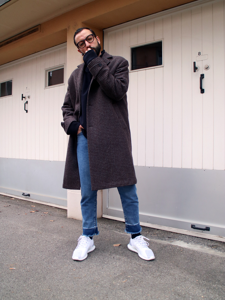 MY WAY TO WEAR A CLASSIC COAT