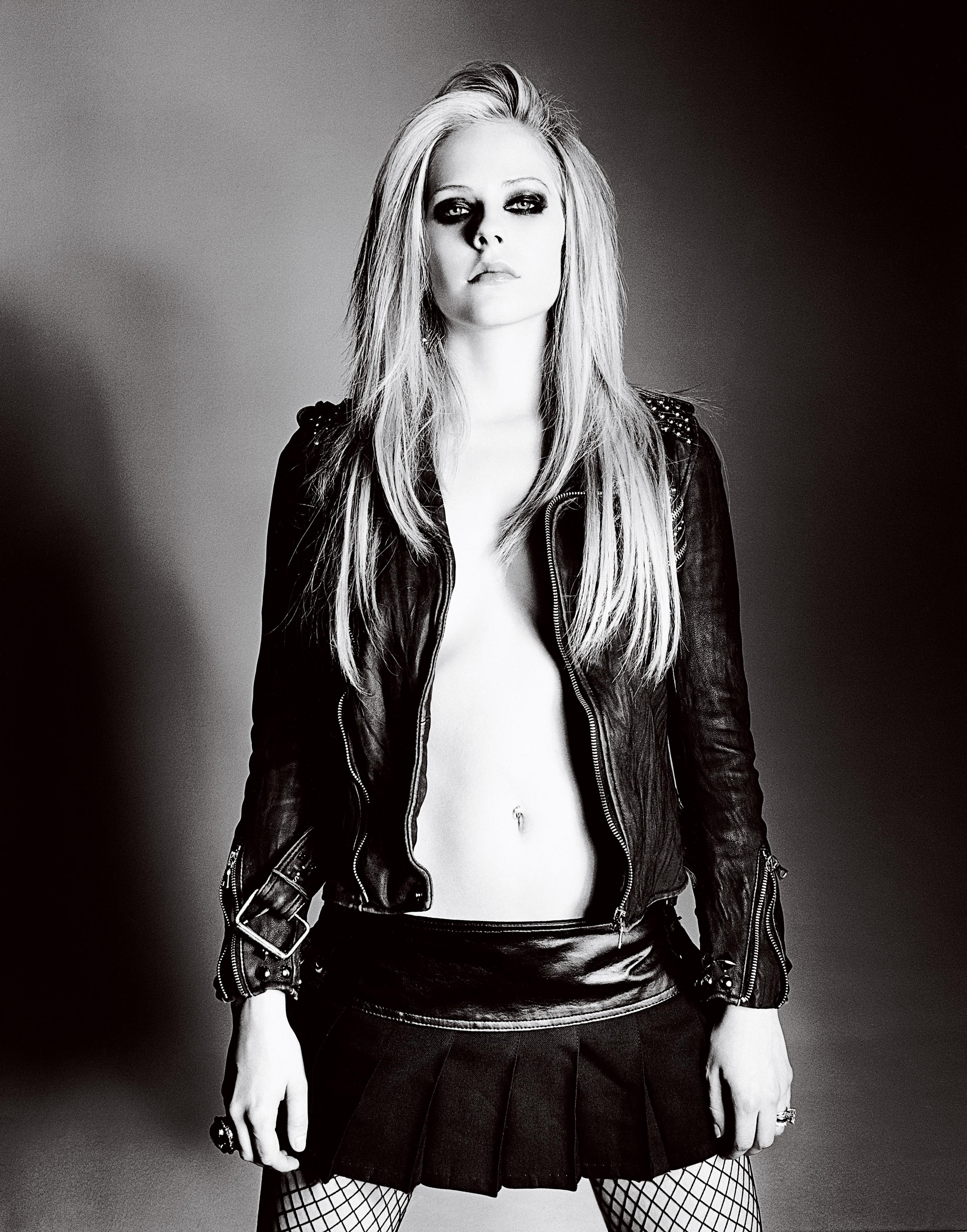 Avril lavigne goodbye - 2 3