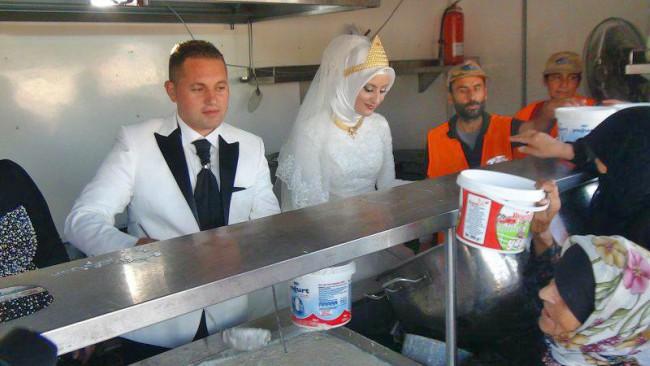 Fethullah Üzümcüoğlu and Esra Polat's Wedding Reception #AtoZChallenge