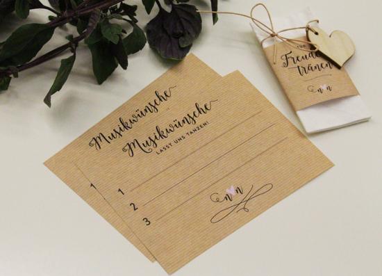binedoro Blog, DIY, Hochzeit, Tischdekoration, Accessoires, Dekoration, Menükarte, Platzkärtchen, Gastgeschenk