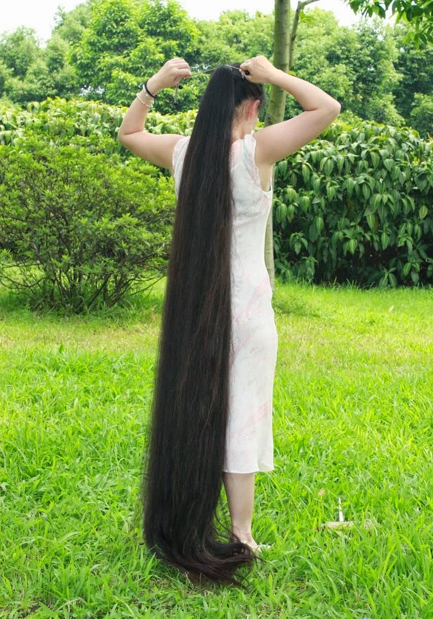 Long Haired Women Hall of Fame: Very long hair - Part VII