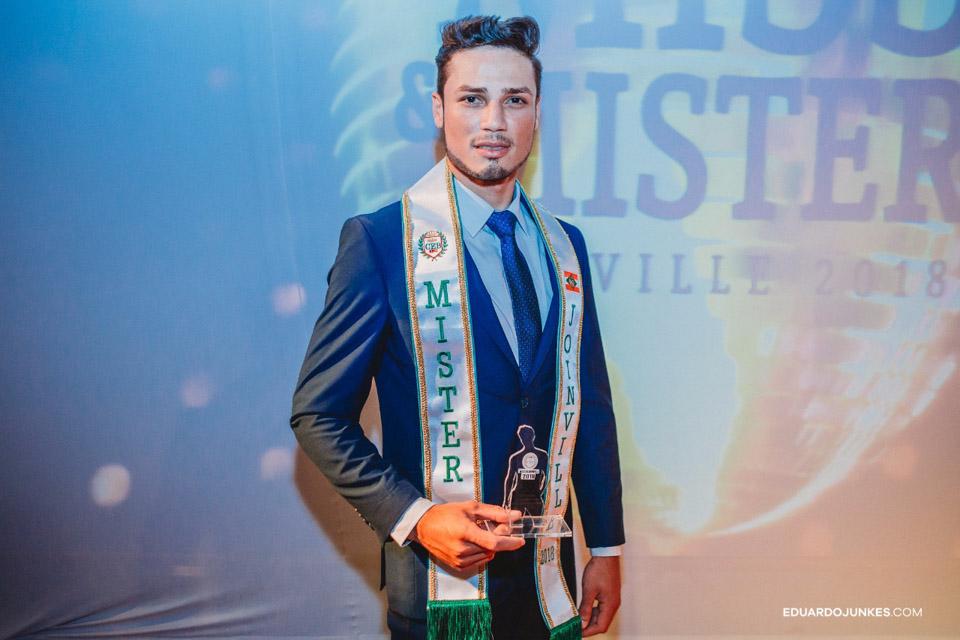Hernane Prado, o Mister Joinville 2018. Foto: Eduardo Junkes