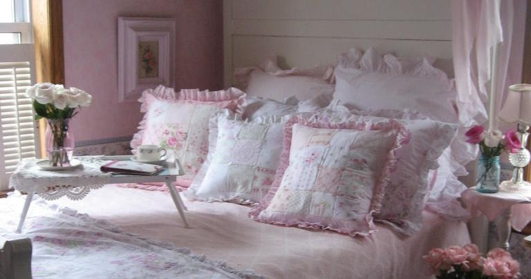 Shabby Cats and Roses Victorian Bed and Patchwork Pillows