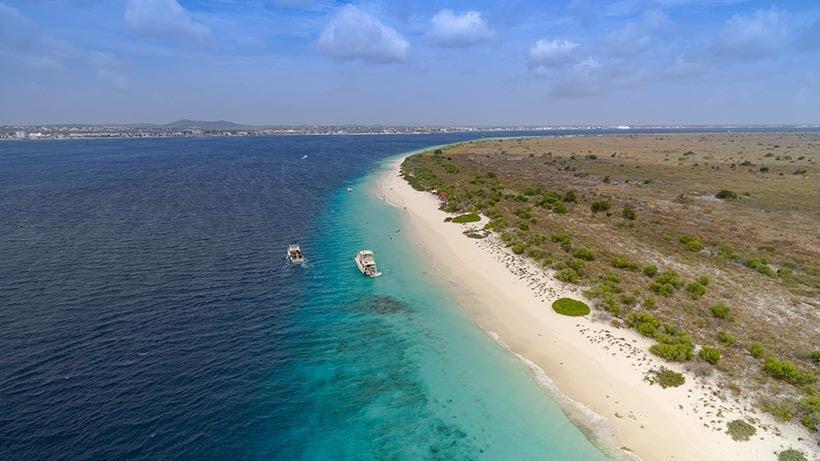 Klein Bonaire - praias de Bonaire - Foto: Wikimedia Commons
