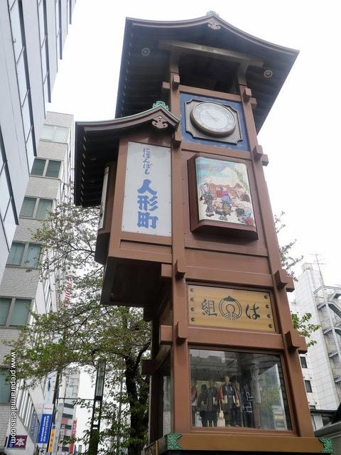 reloj marionetas en Tokio