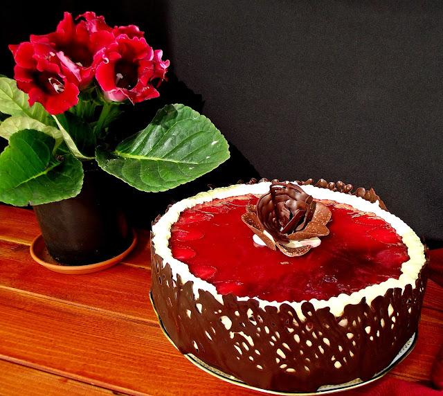 Articole culinare : Tort răcoros,cu fructe şi lămâie