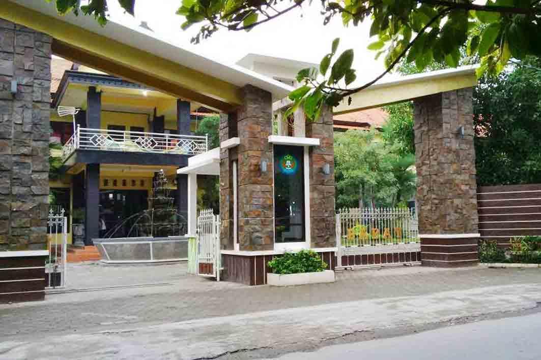 Miring Kembali Menerpa Dunia Pendidikan Di Kecamatan Babat Kabupaten Lamongan Kali Ini Giliran Sekolah Menengah Atas Sma Negeri  Babat Smaba