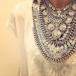 Trends I love: Statement necklace + casual outfit