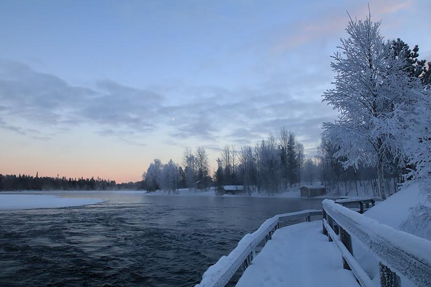 kevytuntuvatakki pitkä Turku