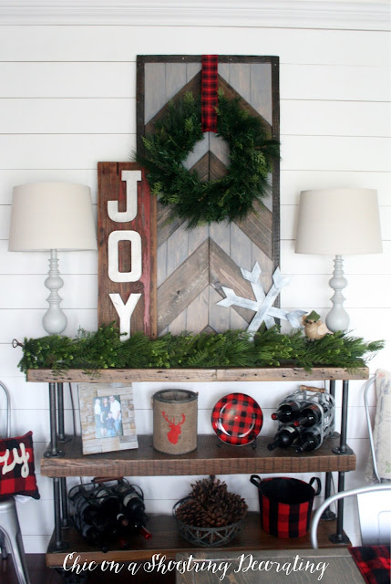 Farmhouse Shiplap Christmas Kitchen Decor