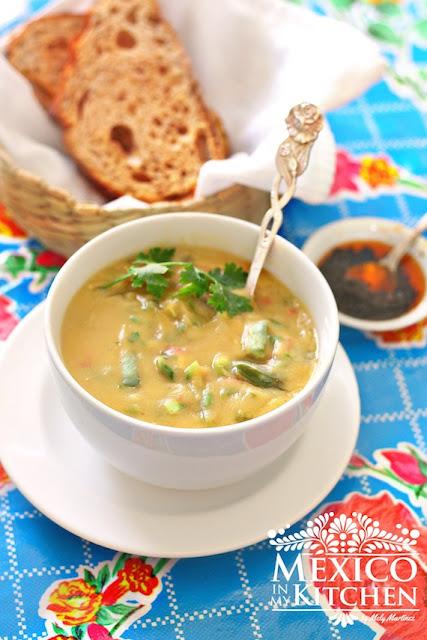 Mexican fava bean soup recipe  - sopa de habas
